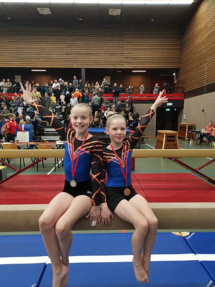 Tessa Visch en Zarah Vreugdenhil Willy Groeneveld © BDU Media