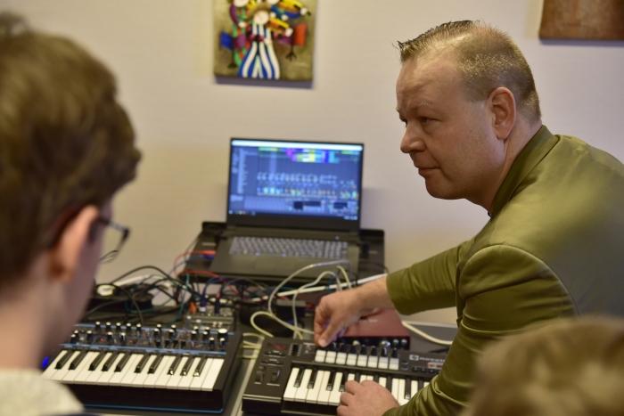 Digitaal muziek maken met Ableton Live is één van de korte cursussen die binnenkort van start gaan bij de muziekschool.