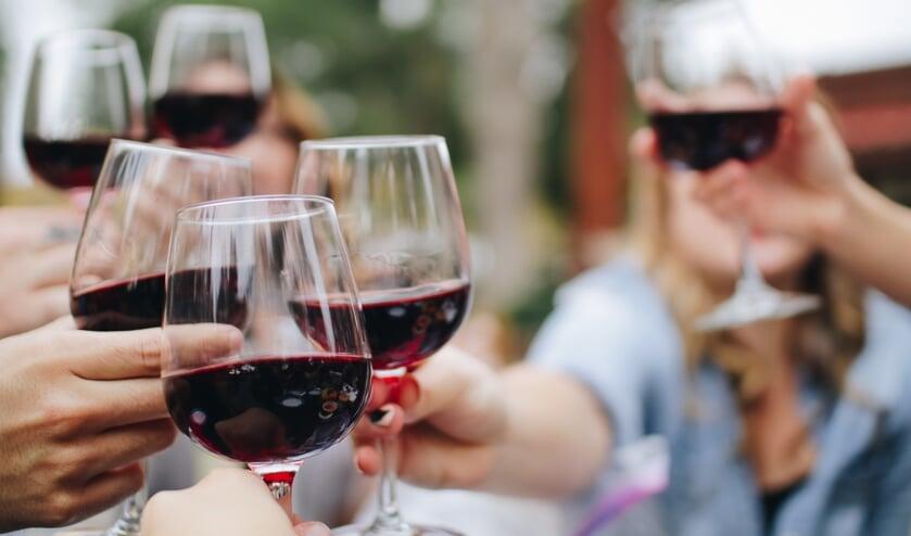 Lekker wijnen en wandelen tijdens de WijnSpijs Wandeling.