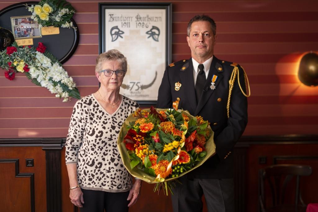 <p>Gerben van de Bor met zijn moeder.</p> <p>Pauw Media</p> © BDU media