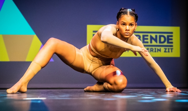 <p>De 16-jarige Farah Marcel uit Nieuwpoort werd derde in de categorie dans.<br><br></p>