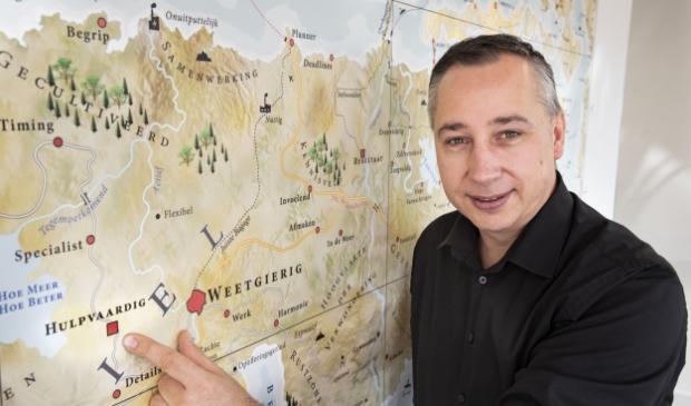 Herman Koot wijst samen met zijn team bedrijven de weg.