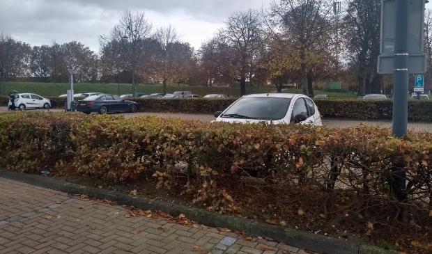 De parkeerplaats Buiten de Waterpoort wordt s avonds en s'nachts gemeden omdat automobilisten zich daar niet veilig voelen