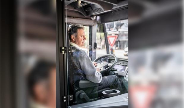 <p>Dankzij het openen van de voordeur komt de natuurlijke luchtcirculatie in de bus weer op gang.</p>