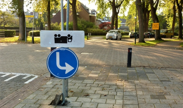 Een nieuw Bunniks verkeersbord of een grappenmaker die het bord heeft omgedraaid?