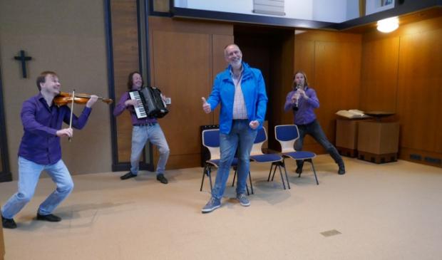 <p>Een verrassing voor voorzitter Piet Batenburg</p>