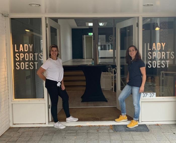 Wanja Algra van Lady Sports Soest en Mirjam Hoebe van Centrum voor Fysiotherapie Soest