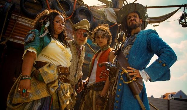 <p>Enkele personages uit De Piraten van Hiernaast.</p>