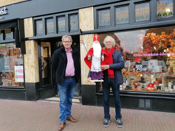 Lex Bergers en Werner Paans met Sinterklaas