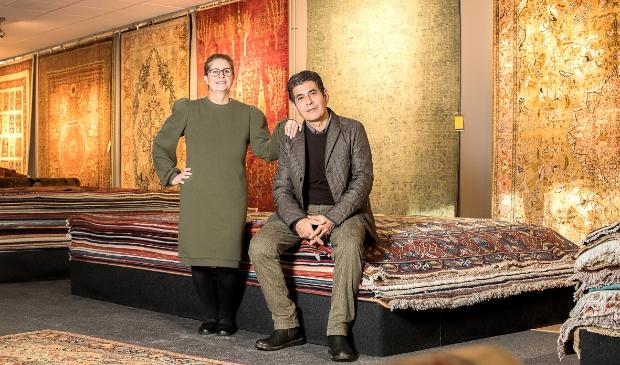 <p>Azar Tapijten is sinds kort overgenomen door Reza en Roya Memarian.</p>