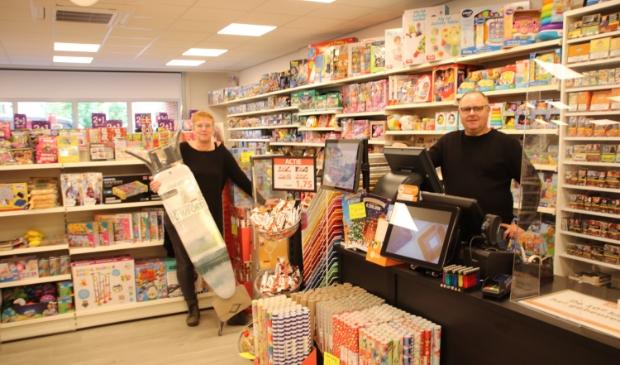 Edwin en Janet in de nieuwe winkel aan de Torenzichtlaan 3 in Leersum.