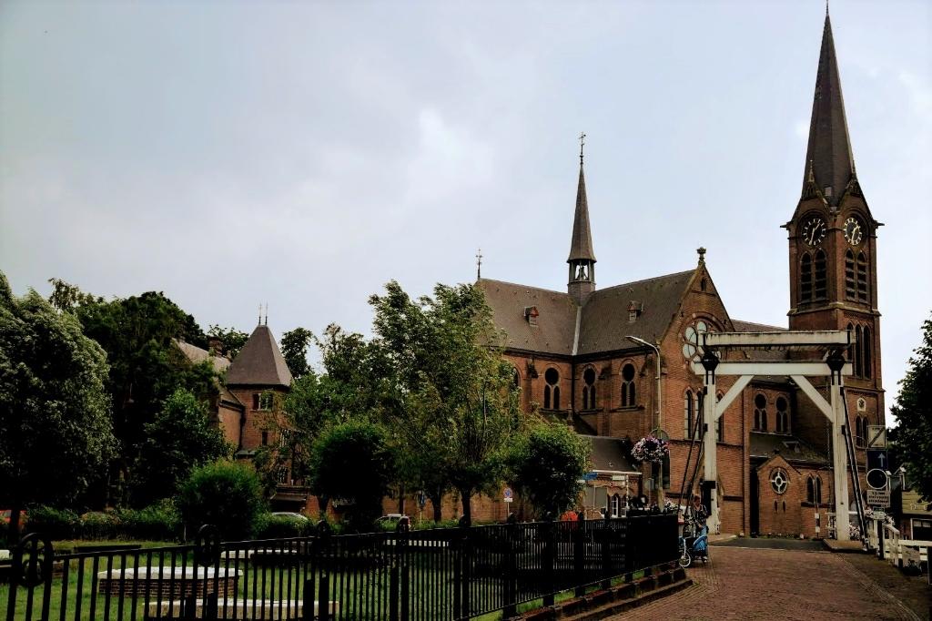 <p>De St. Urbanuskerk in Ouderkerk.</p>