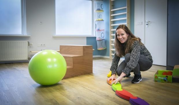 <p>,,Mijn doel is dat kinderen en hun ouders trots en met plezier de deur uitgaan&quot;, vertelt Saskia Tichelaar.</p>