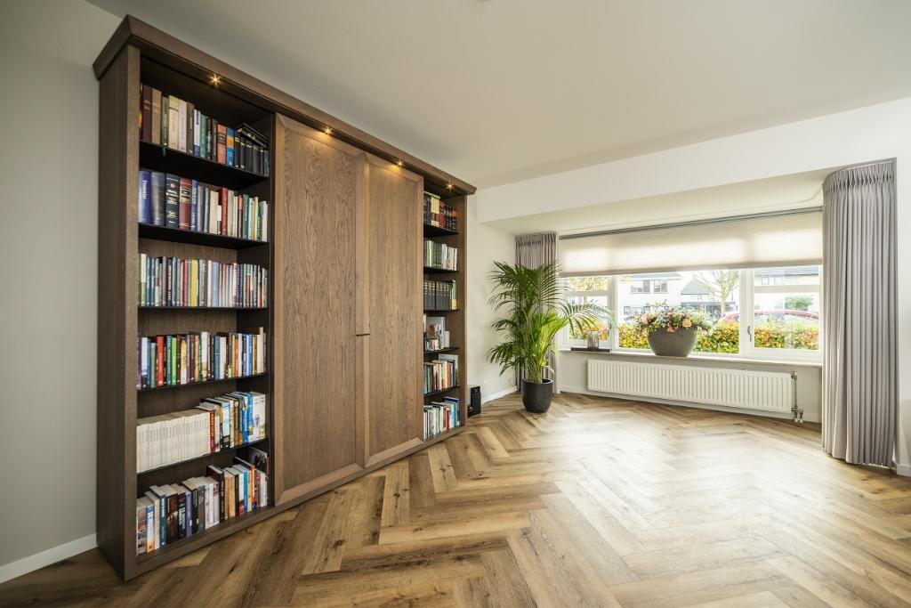 <p>Een stijlvolle kast in de woonkamer.</p> <p>Pauw Media</p> © BDU media