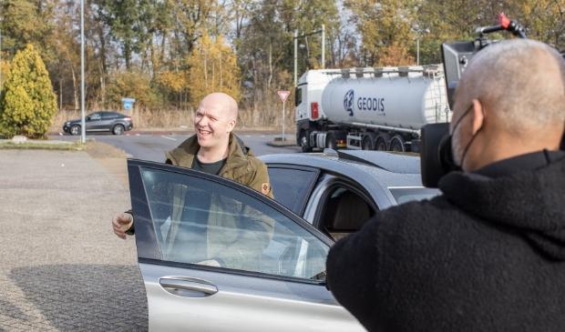 Remco ziet voor het eerst zijn Restocar Ted Walker  © BDU Media