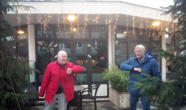 <p>Marcel Landman (SOL) en Roel Madiol (LAS) maken zich sterk voor senioren.</p>