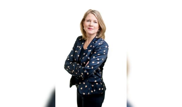 Ingeborg van Schuppen vindt mooi werk om mensen te adviseren hoe ze hun wensen in een document op maat kunnen zetten.