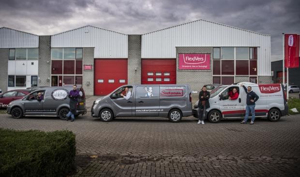 <p>Slagerij van Prooijen, Bakkerij Soeteman en Flexivers bieden op 24 december de bestelde producten aan bij het pand van Flexivers.</p>