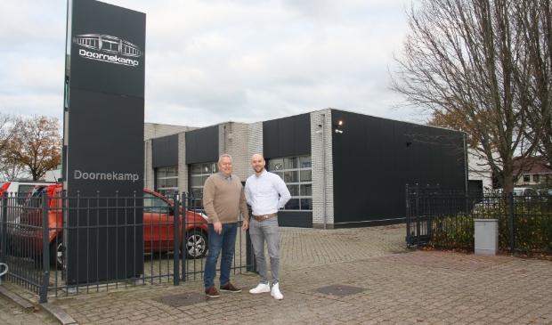 <p>Herman en Chris Doornekamp zijn trots op de uitbreiding van hun bedrijf.&nbsp;</p>