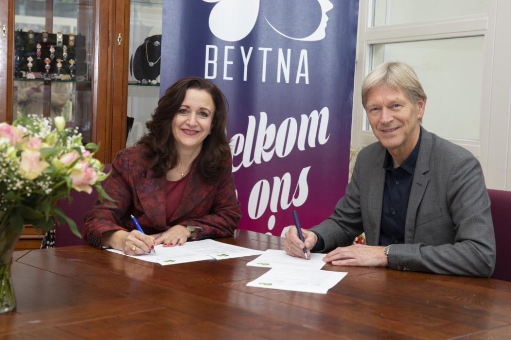 Ondertekening samenwerkingsovereenkomst Steven van Kooijk © BDU media