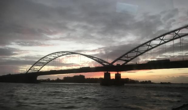 De nieuwe Merwedebrug wordt even hoog als de huidige brug