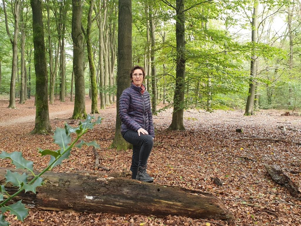 Coach Olga van der Zanden - een coachwandeling in Planken Wambuis A. Janssen © BDU Media