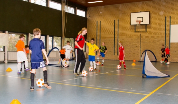 Zaalvoetballen bij De Voetbalschool
