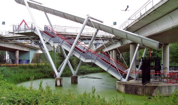 Onderdoorgang en Lift NS-Duivendrecht vanaf Rijksstraatweg