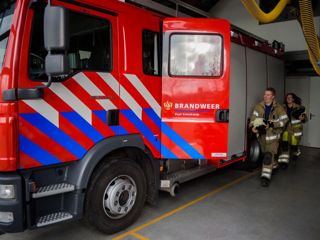 <p>Brandweer Schakwijk uitgebreid met twee manschappen&nbsp;</p> <p>VRU</p> © BDU media
