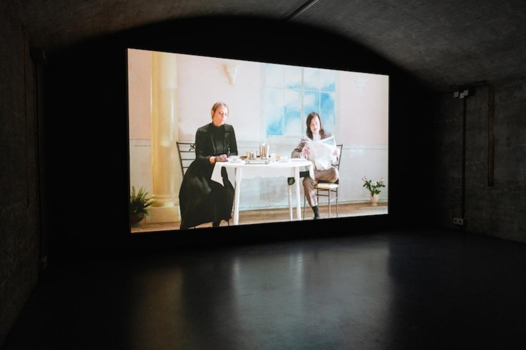 Sophie Lee, Ziwzih-Ziwzih-OO-OO-OO, Kunstfort (c) tentoonstelling Kunstfort bij Vijfhuizen, 2020 LNDWstudio © BDU media