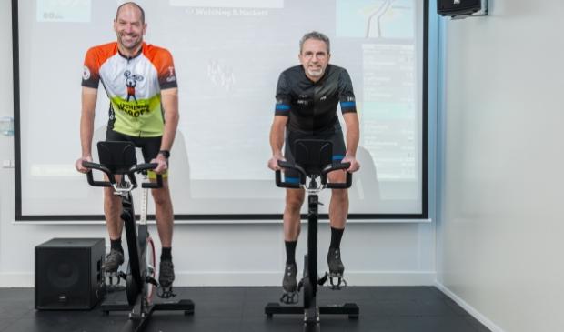 <p>Herman van de Kraats en Mike Smink (rechts) gaan er vol voor op 19 december.</p>