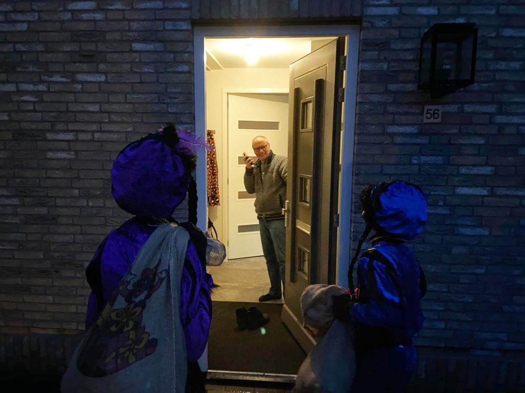 Pieten aan de deur Alwin Heij © BDU Media