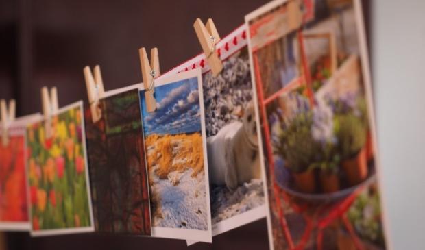 <p>Een kaart schrijven en eventueel ook zelf maken, voor ouderen die zich eenzaam voelen, helemaal in coronatijd.</p>