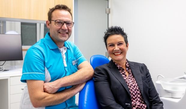 <p>Pieter Boom, tandarts bij Hoflaan Tandartsen, ziet het aantal aanmeldingen gestaag groeien.&nbsp;</p>