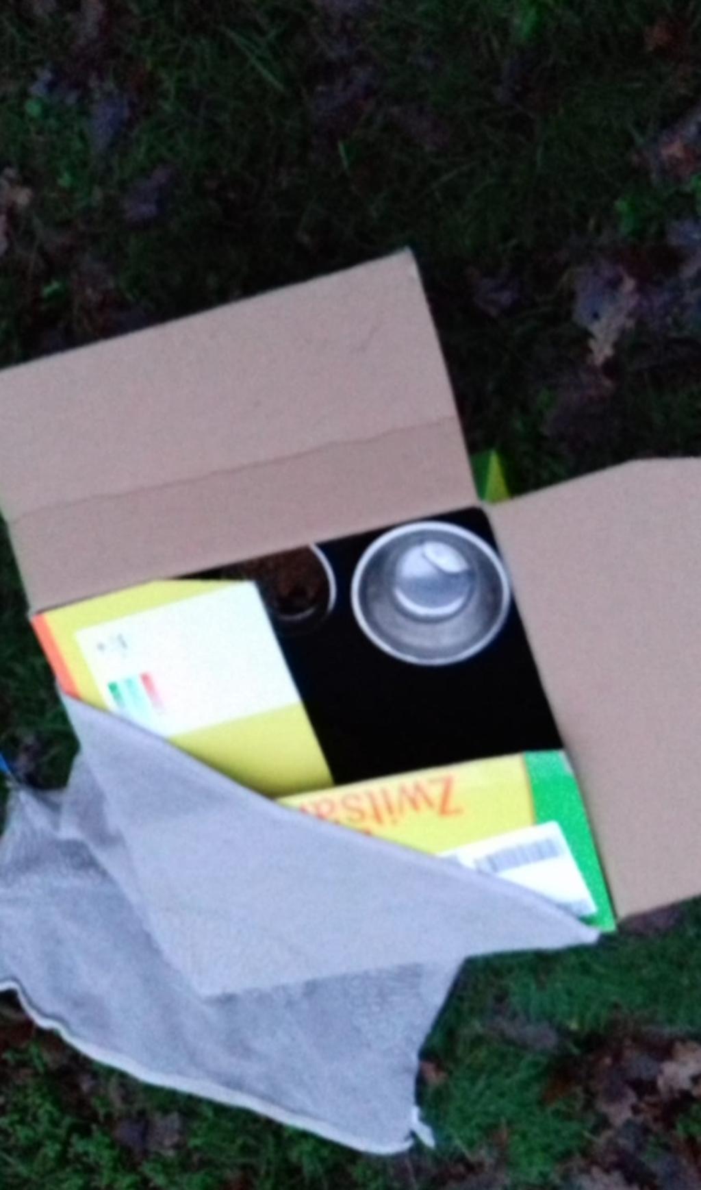 De doos met de kruik eten en water Sophie © BDU media