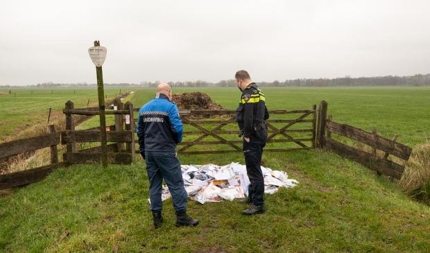 <p>Donderdagochtend zijn er hele stapels post van Sandd uit 2019 in de Soester polder aangetroffen.&nbsp;</p>