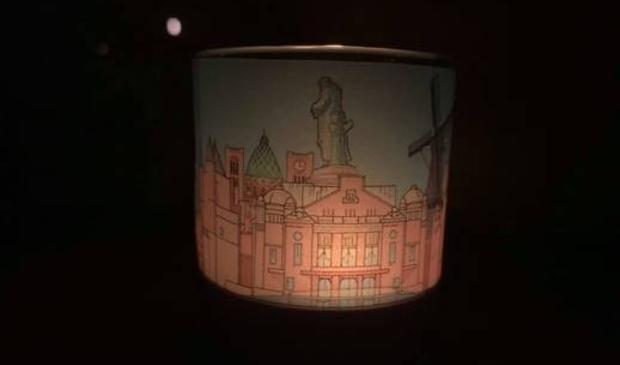 <p>Het Haarlemse kerstlichtje.</p>