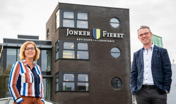 <p>Ilse Ladestein en Albert Fieret van JonkerFieret.</p>
