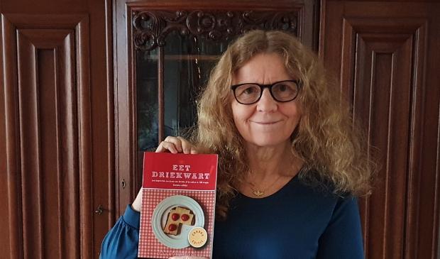 Jana Verboom met haar nieuwe boek