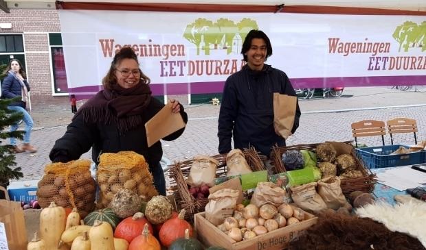 <p>Lekkere duurzame producten van dichtbij op de Duurzame Streekmarkt. Foto: Janneke Bruil</p>