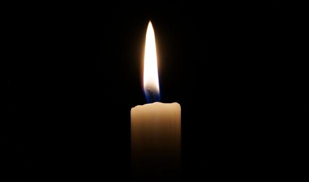 <p>In de raadzaal werd stilgestaan bij het overlijden van Eelco van Dam en Anja van Zanten</p>