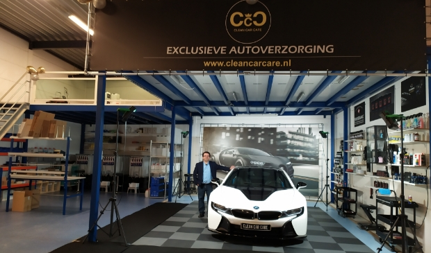 <p>,,We zien het als een uitdaging om een auto weer als nieuw bij de klant af te leveren.&rdquo;</p>