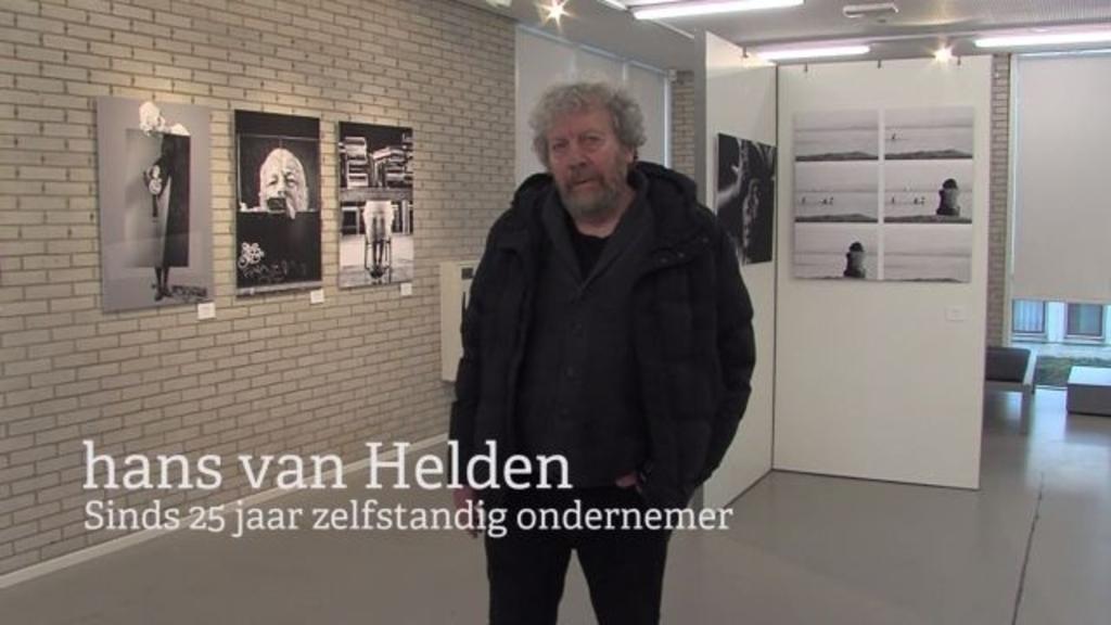 <p>In dit miniportret vertelt Hans van Helden over werk bij 033fotostad, zijn liefde voor Amersfoort en geeft hij een inkijkje in zijn gedachten over de nieuwe generatie.&nbsp;&nbsp;</p>