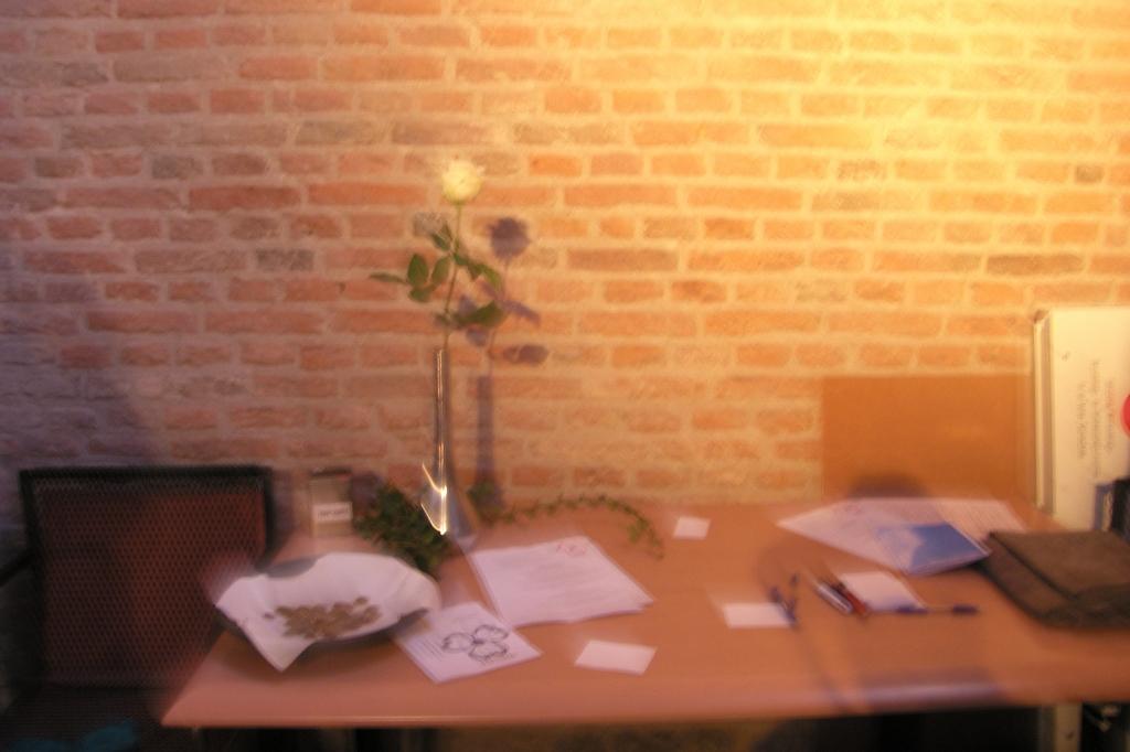 inschrijftafel nabestaanden Leen vdHerik © BDU Media