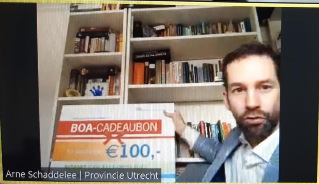 Tijdens de online uitreiking kregen de boa's een extra verrassing  Stichting Nationaal Park Utrechtse Heuvelrug  © BDU media