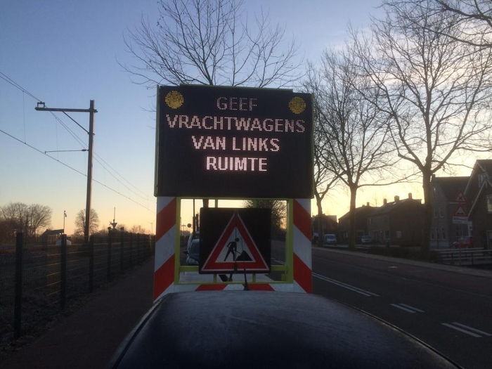 Onveilige spoorwegovergang Giessenzoom privé foto T@B © BDU media