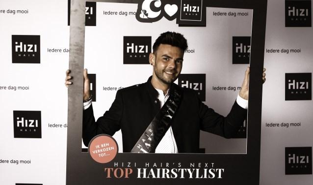Kapper en franchisenemer Ricardo Hofman van Hizi Hair.