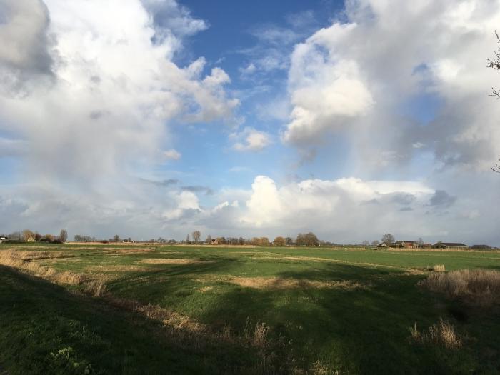 Wolken en zon Willy van Dijk-Doornenbal © BDU media
