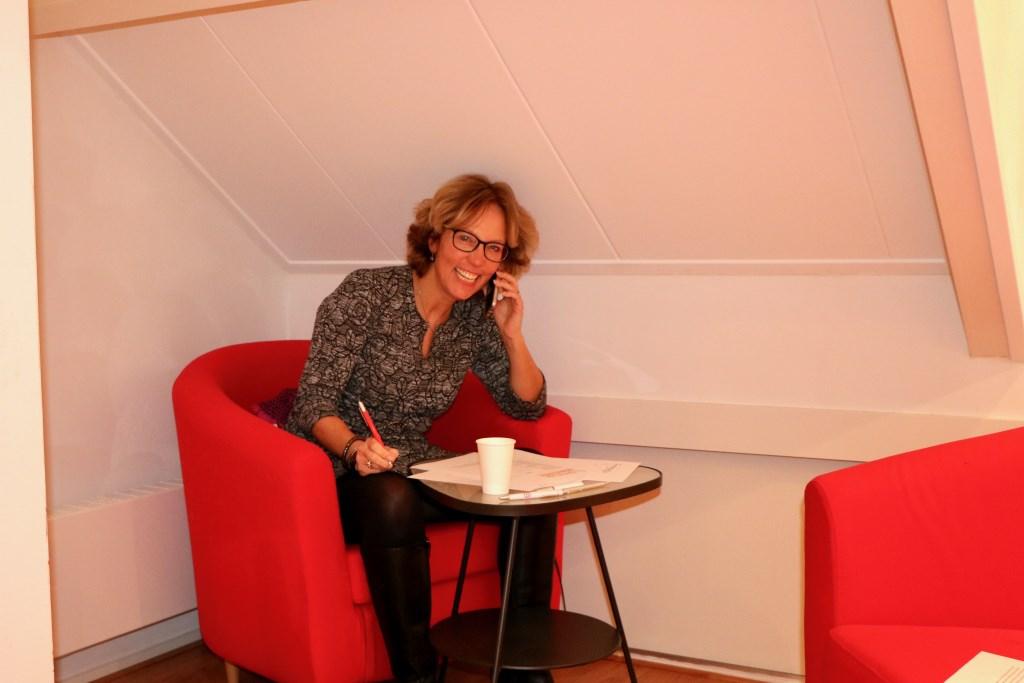 In alle hoeken en gaten zaten bellers: Pauline Koetsier vond een bescheiden plekje op zolder! Renée Heijmans © BDU media
