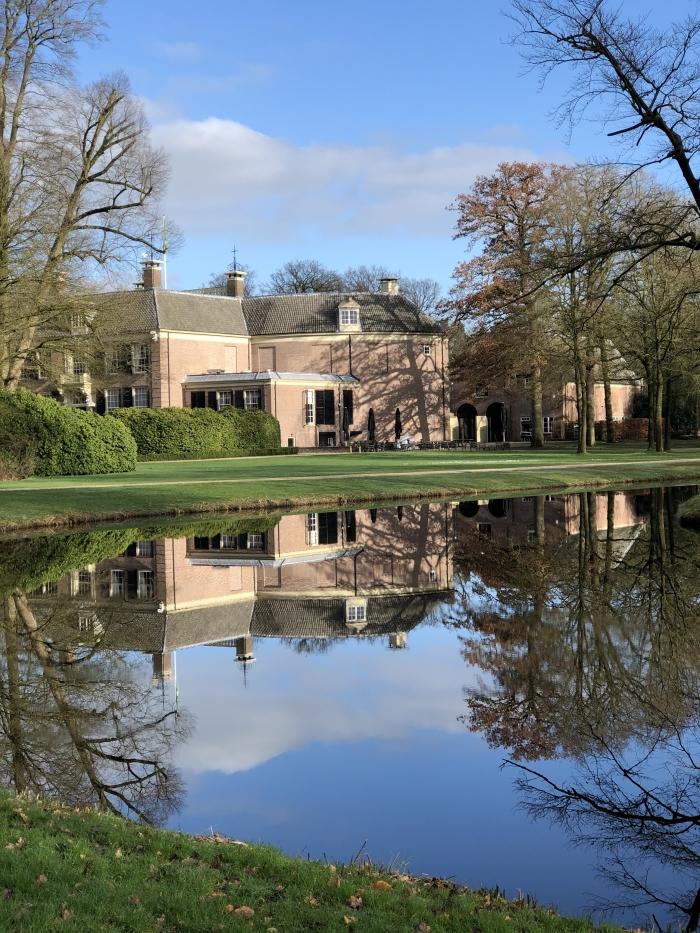 Achterkant kasteel Groeneveld  Hennie Prinsen © BDU media